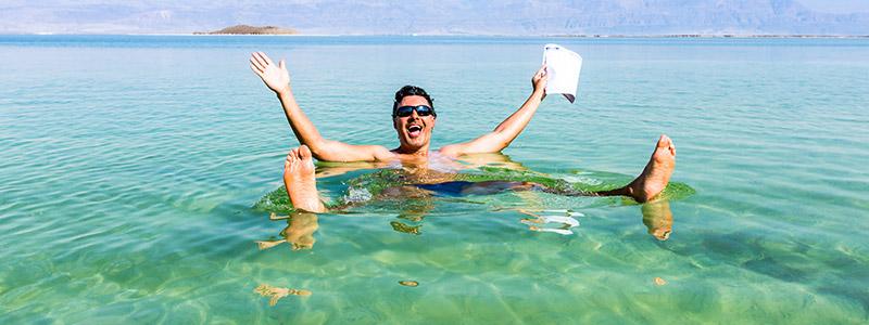 Flotar en el Mar Muerto